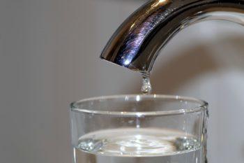 Экономия воды в домашних условиях. Бережливые советы.
