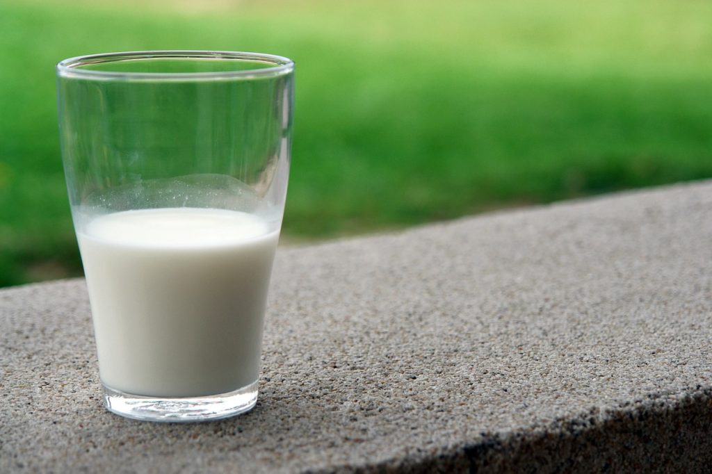 Недорогие и полезные кисломолочные продукты