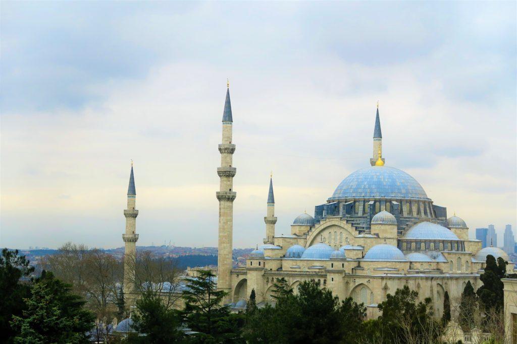 Стамбул, экономный отдых в Европе