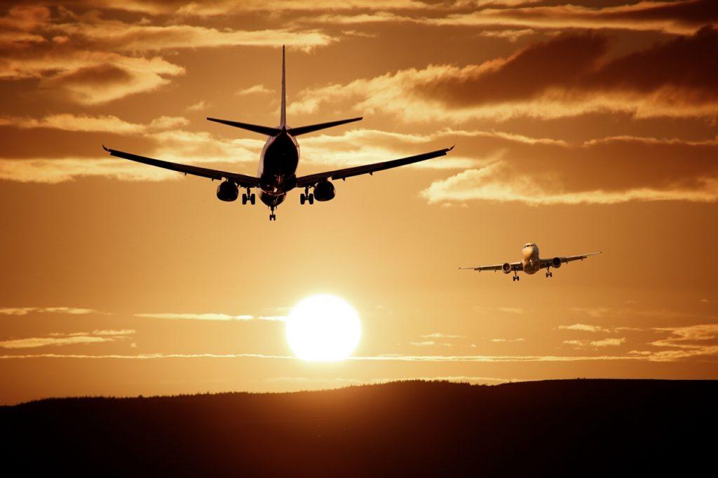 Пора начать экономить на путешествии самолетом