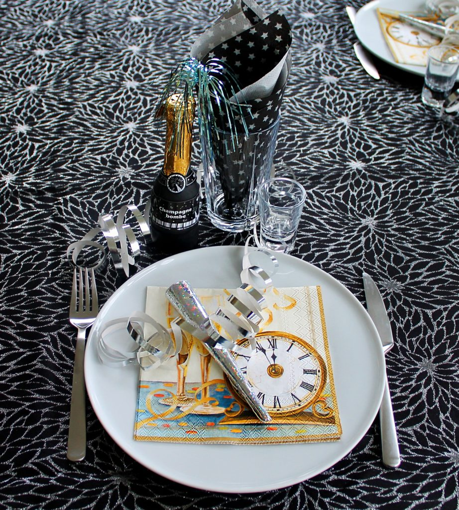 Новогодний стол
